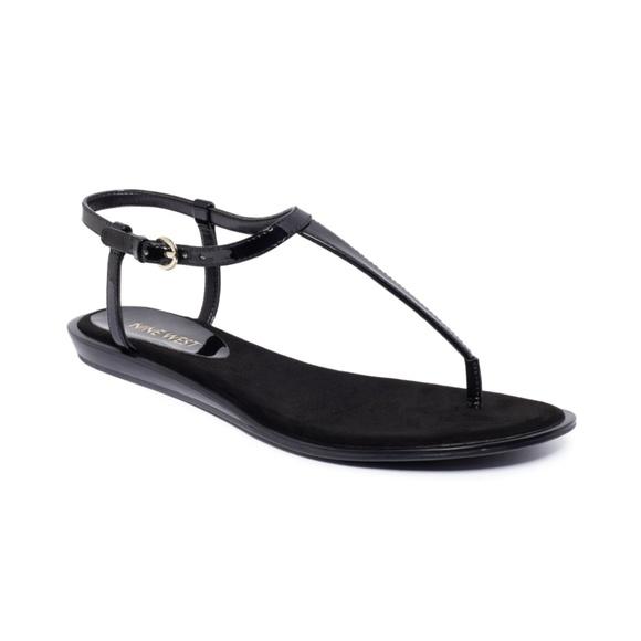 Nine West Venga Thong Sandal Black T